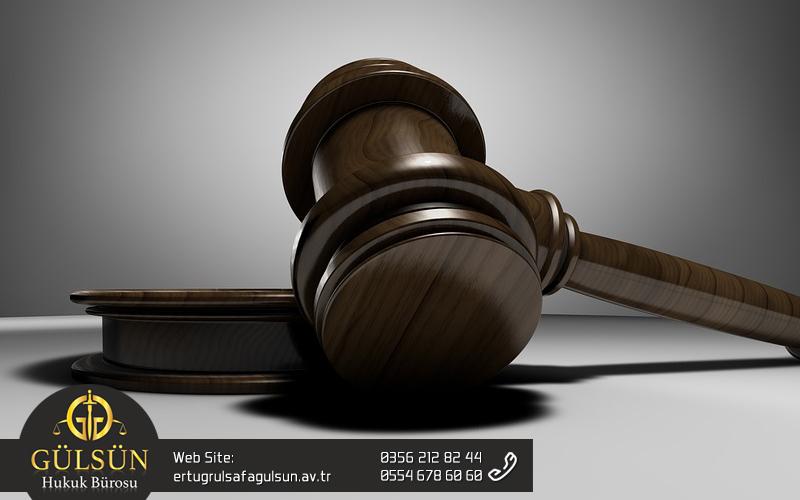 Çekişmeli Boşanma Davasında Maddi Tazminat ve Zarar